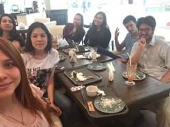 Au restau avec des étudiants d'AlmaU